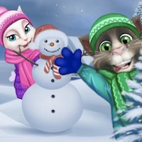 Talking Tom Playing Snowballs